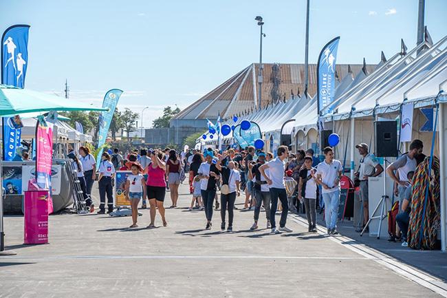 Village du festival du film sous-marin au Port !