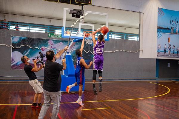 Tournage d'un spot au Complexe Sportif Municipal pour sauver le basket-ball