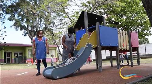 [Vidéo] Emploi et handicap : Tania, en contrat d'apprentissage à la crèche Isnelle Amelin