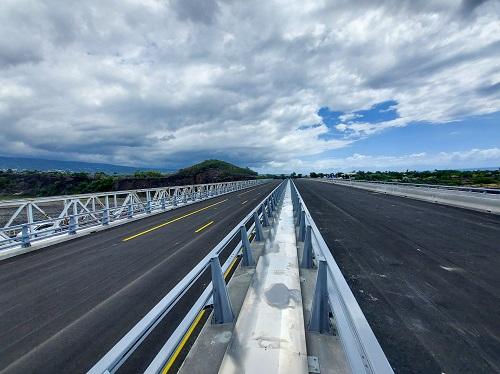 Inauguration du nouveau pont de la Rivière des Galets