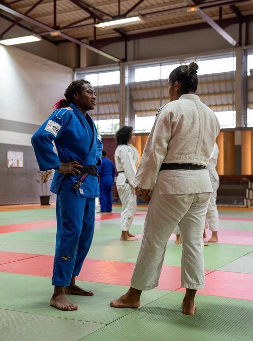 La championne Clarisse Agbegnenou sur les tatamis du Port