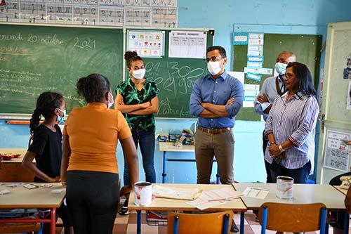 École ouverte pour 350 enfants Portois.